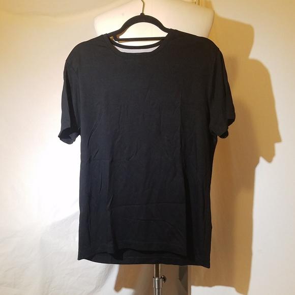 f61db5c4 Banana Republic Other - Final BANANA REPUBLIC Black Luxury Touch Tshirt